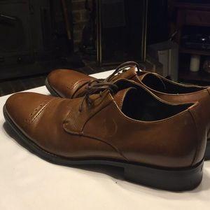 Men's Stacy Adams brown dress shoes! 🕰
